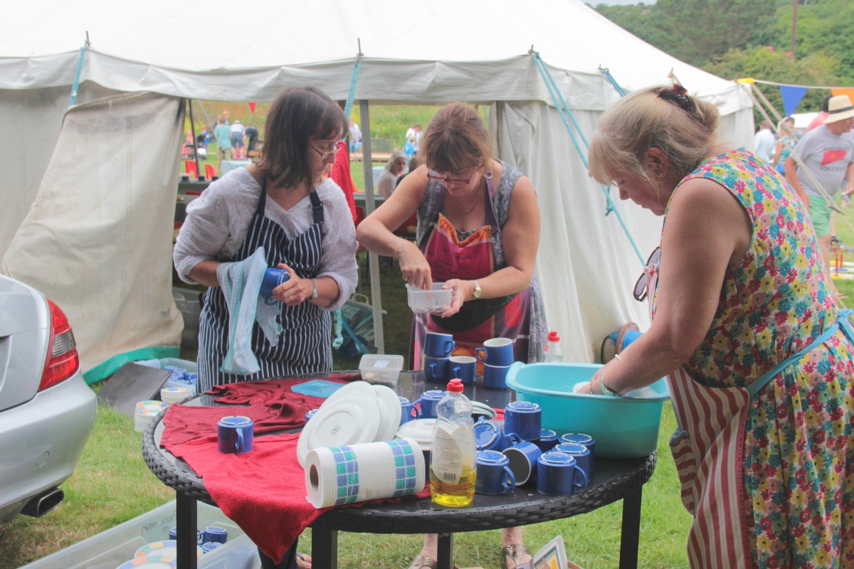 25-2016-fete-washing-up